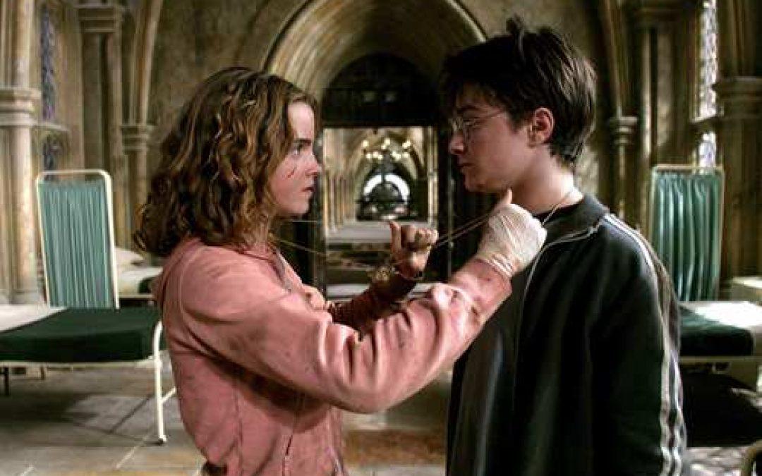 Costruisci la Giratempo di Hermione Granger e ottieni il doppio del tempo per studiare, grazie ai segreti che ho rubato ad Harry Potter.