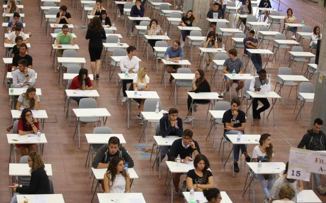 Test di ammissione a medicina e facoltà a numero chiuso: essere intelligenti o bravi non basta, ecco perché