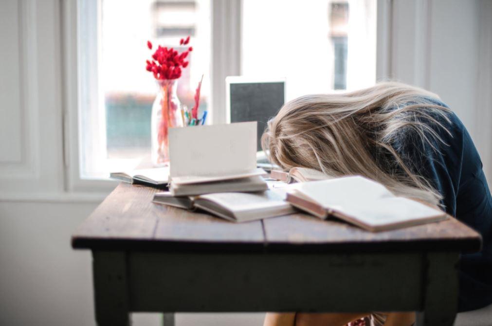 Vuoto di memoria agli esami: come liberartene per sempre anche se sei una persona ansiosa
