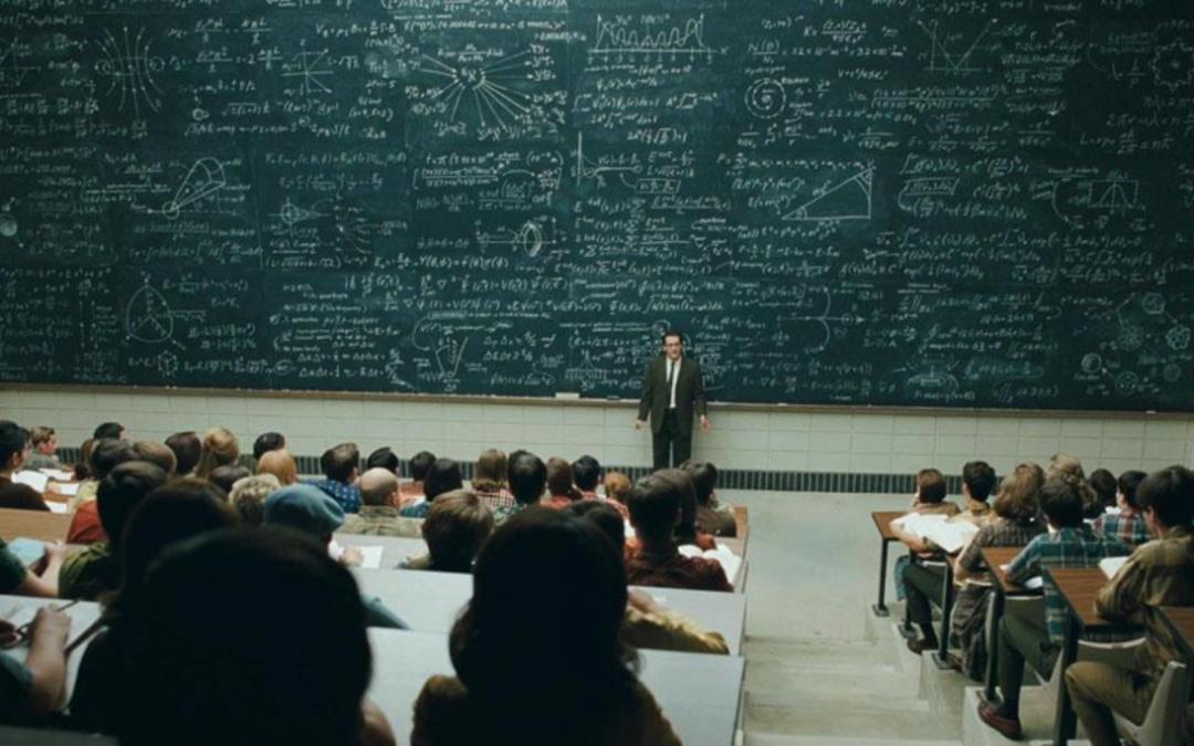 Scopri come ricordare facilmente TUTTO ciò che il tuo prof ha spiegato a lezione, scampando alle domande trabocchetto durante l'esame