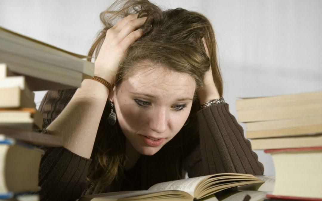 Ecco il crudele nemico degli studenti che rischia di farti fallire nel tuo percorso verso la laurea